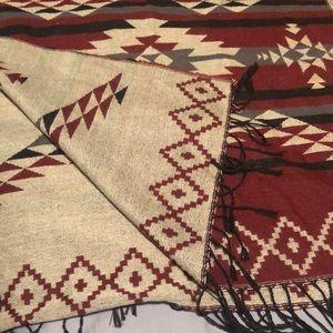 Large reversible scarf